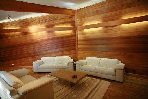 Отделка квартиры деревянными панелями